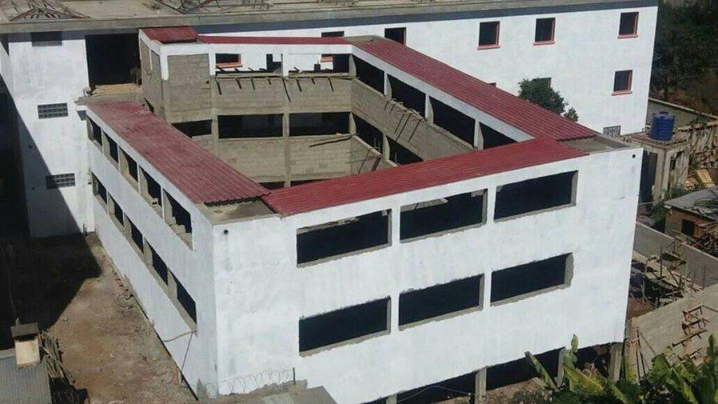 Budowa szpitala w Antsirabe (Madagaskar)