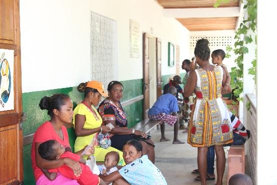 Analizator hematologiczny dla przychodni w Morondawie (Madagaskar)