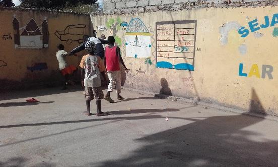 Pomoc dla ośrodka dla dzieci ulicy w Luenie (Angola)