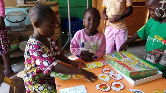 Pomoc w dofinansowaniu książek oraz pomocy edukacyjnych dla ośrodka w Bouar (Republika Środkowoafrykańska)