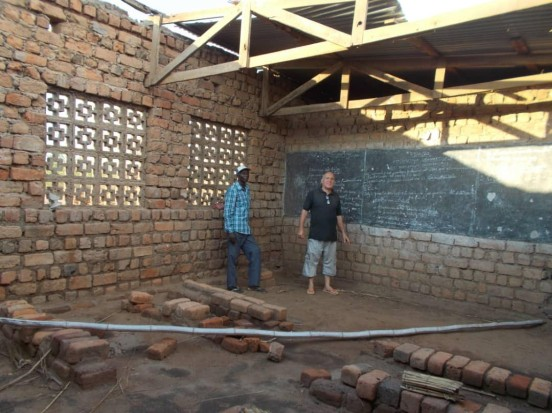 Wyposażenie świetlicy i dożywianie sierot w Kinszasie