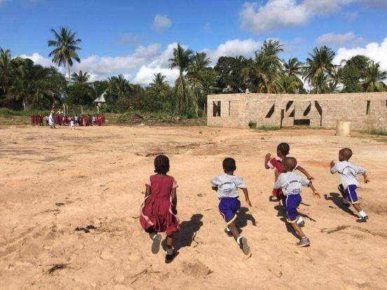 Wykończenie przedszkola w Kwamatias (Tanzania)