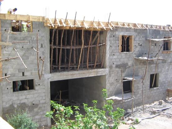 Budowa rampy dla szpitala w Antsirabe (Madagaskar)