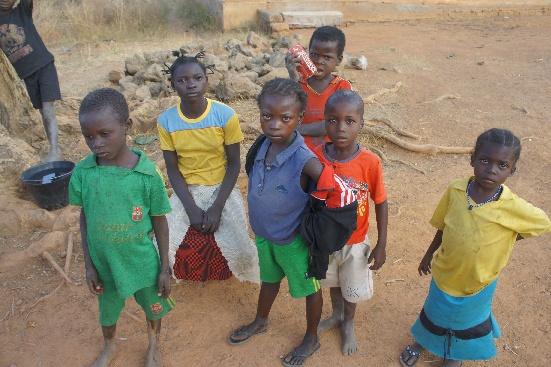 Remont i budowa szkół w Mbaibere (Republika Środkowoafrykańska)
