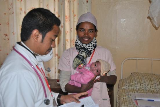 Sprzęt od badania krwi dla przychodni w Ankadifotsy i Fanantenana (Madagaskar)