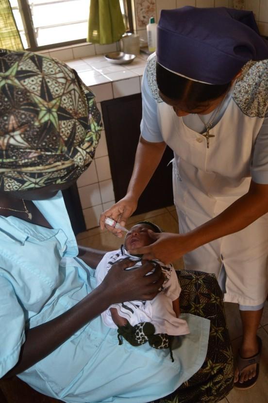 Wyposażenie szkoły położniczo-pielęgniarskiej w Antananarivo (Madagaskar)