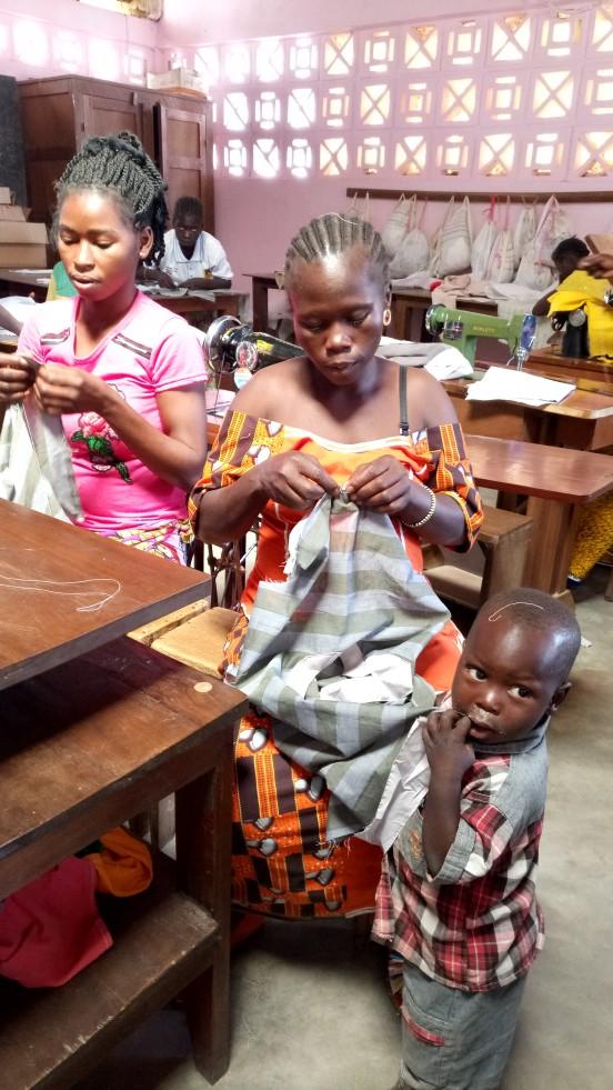 Modernizacja szkoły krawieckiej w Ngaoundaye (Republika Środkowej Afryki)