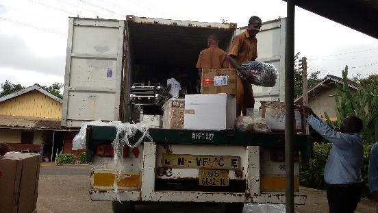 Sprzęt medyczny dla szpitala Holy Family w Nkawkaw (Ghana)