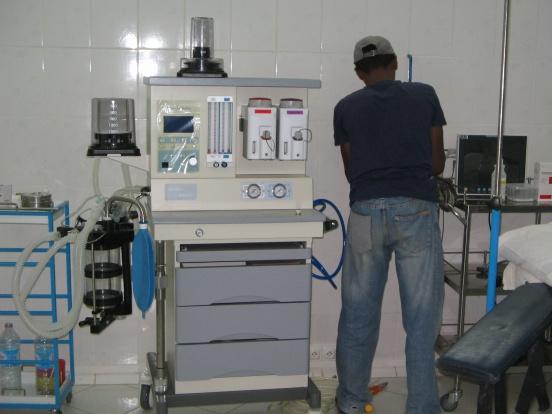 Dwa urządzenia do znieczulenia ogólnego dla szpitala w Antsirabe (Madagaskar)