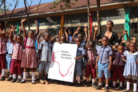 Autobus szkolny dla Maganzo (Tanzania)
