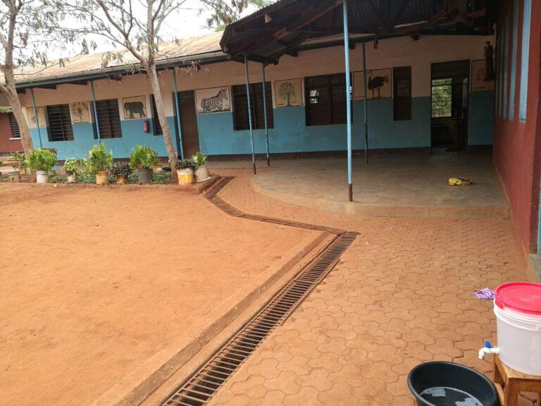 Budowa tanku dla przedszkola w Mwanga (Tanzania)