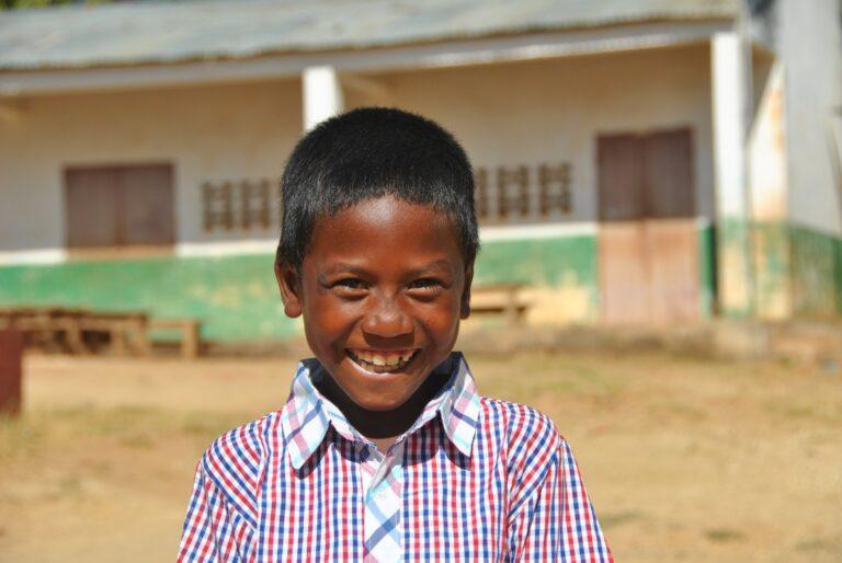 Dożywianie 1500 głodnych dzieci na Madagaskarze
