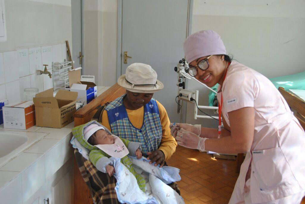Sondy dla szpitala w Antsirabe (Madagaskar)